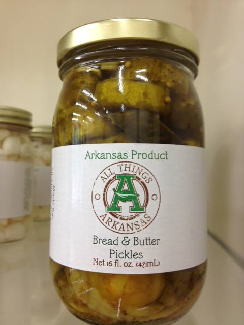 Bread and butter pickles for Arkansas cuisine